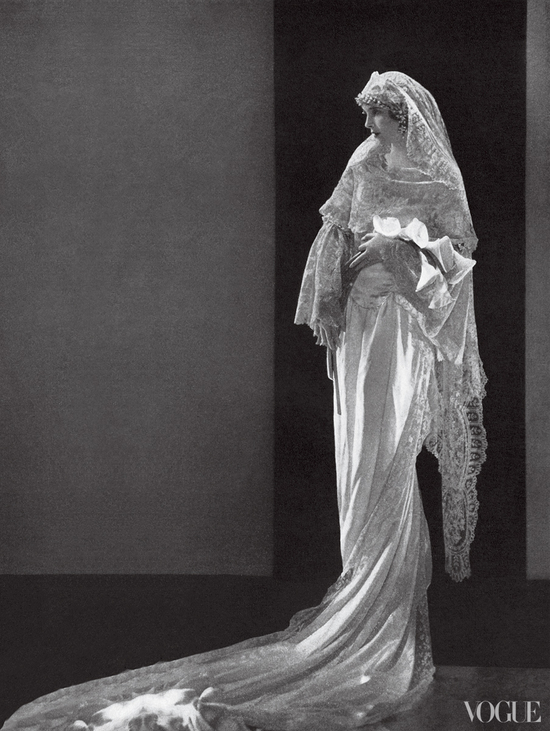 Wedding Fashion by Vogue brides through history 7