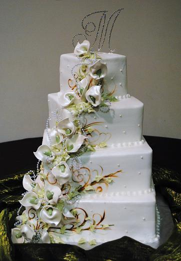 wedding cake decorated with calla lilies calla wedding cake 22359