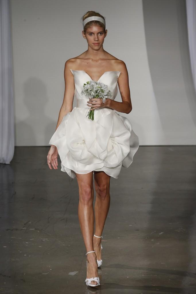 Fall-2013-wedding-dress-marchesa-bridal-20.full