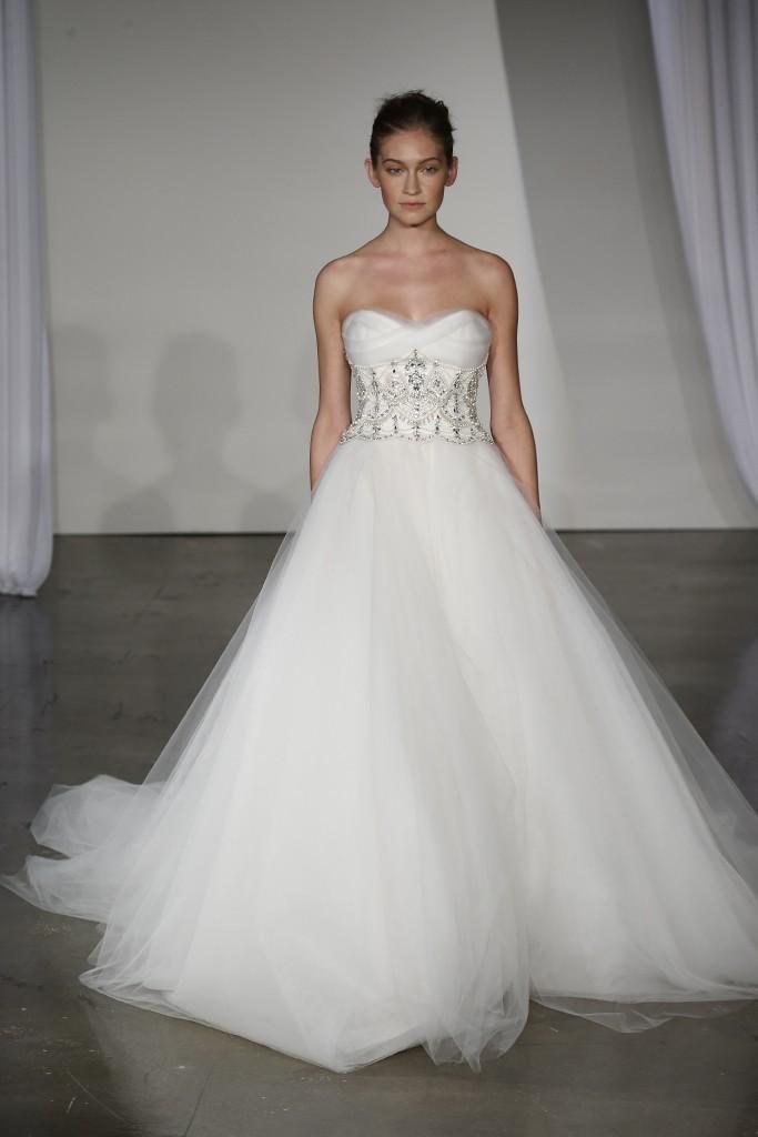 Fall-2013-wedding-dress-marchesa-bridal-14.full