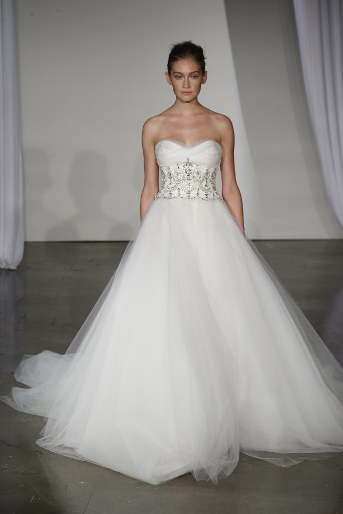 Fall-2013-wedding-dress-marchesa-bridal-14.original