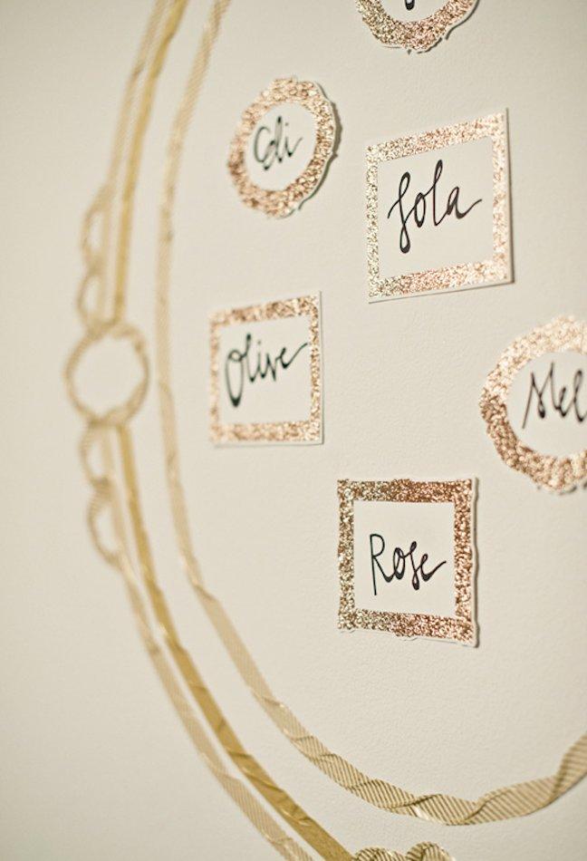 Unique-wedding-escort-cards-diy-ideas-metallic-1.full