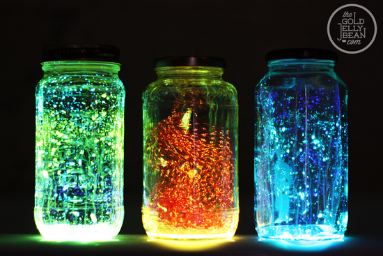 Wedding Decor DIYs glow in the dark mason jars