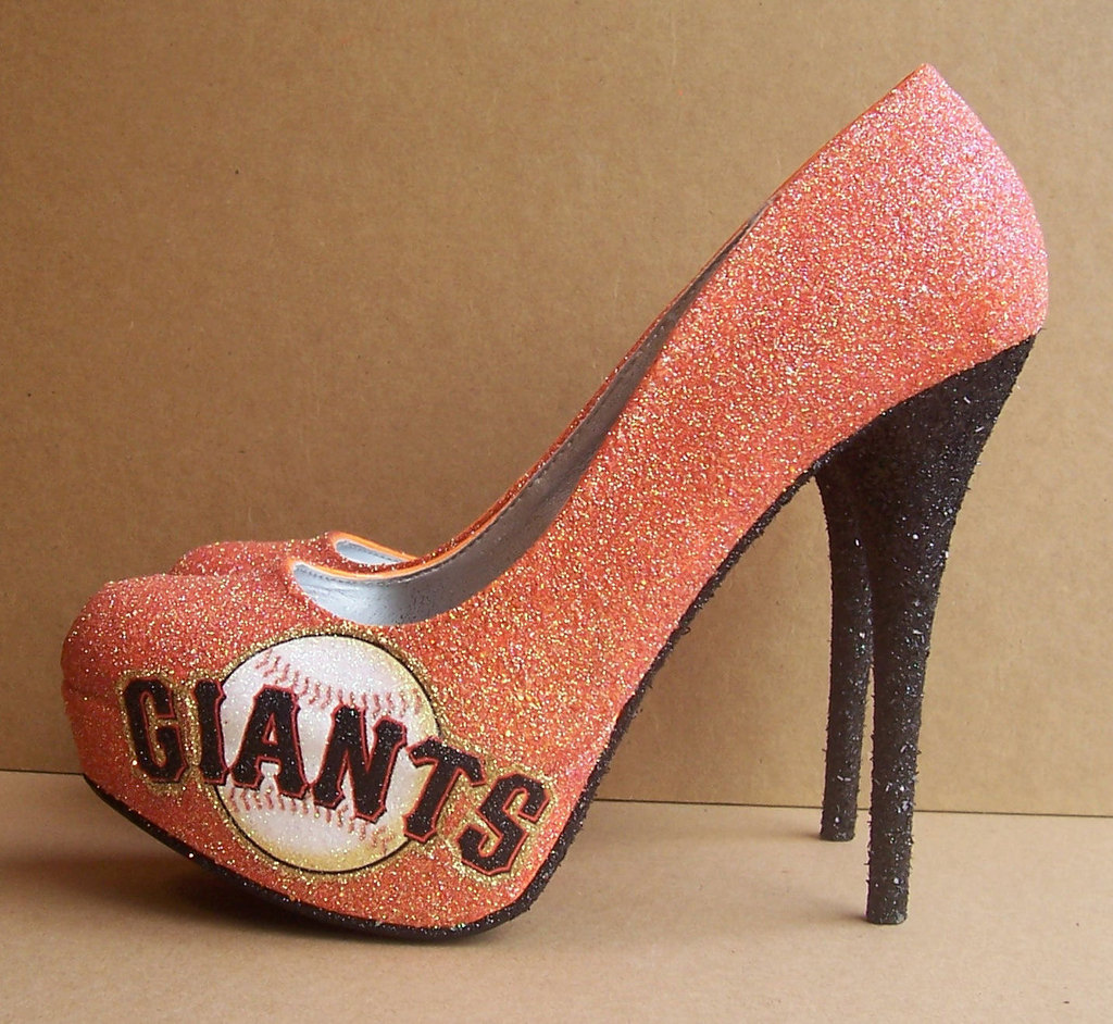 Funky-wedding-shoes-for-sports-loving-brides-1.full