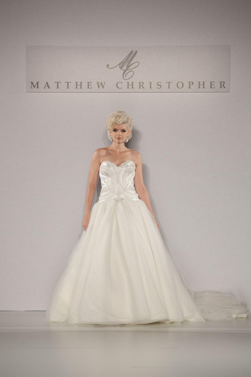 Fall-2013-wedding-dress-by-matthew-christopher-bridal-14b.full