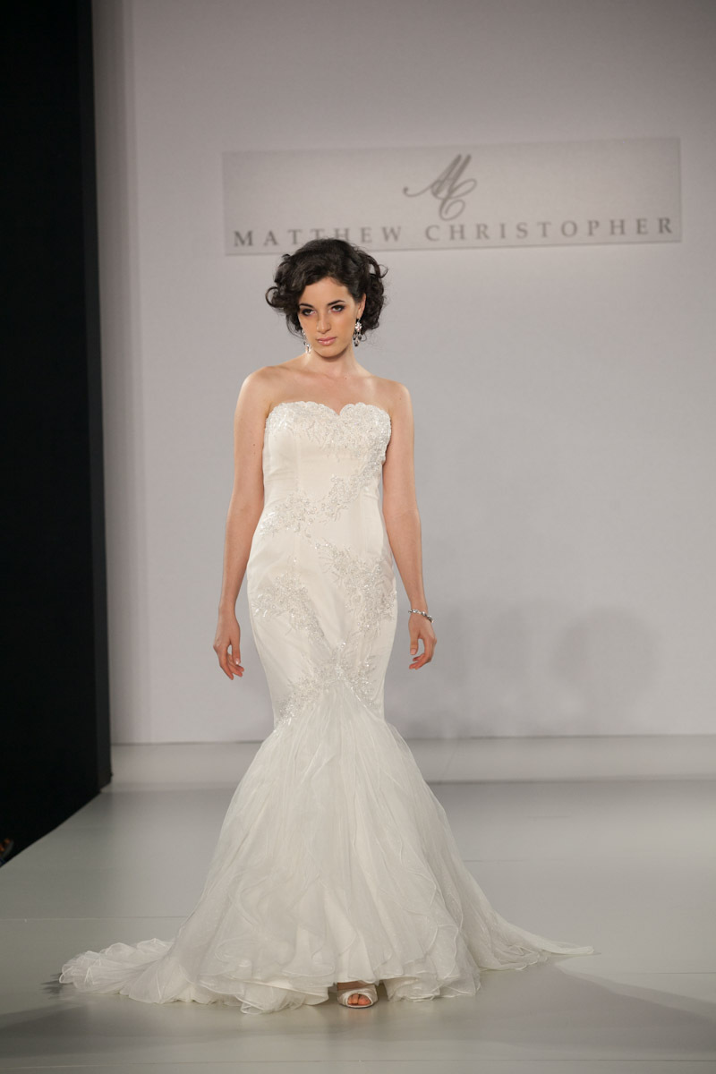 Fall-2013-wedding-dress-by-matthew-christopher-bridal-8.full