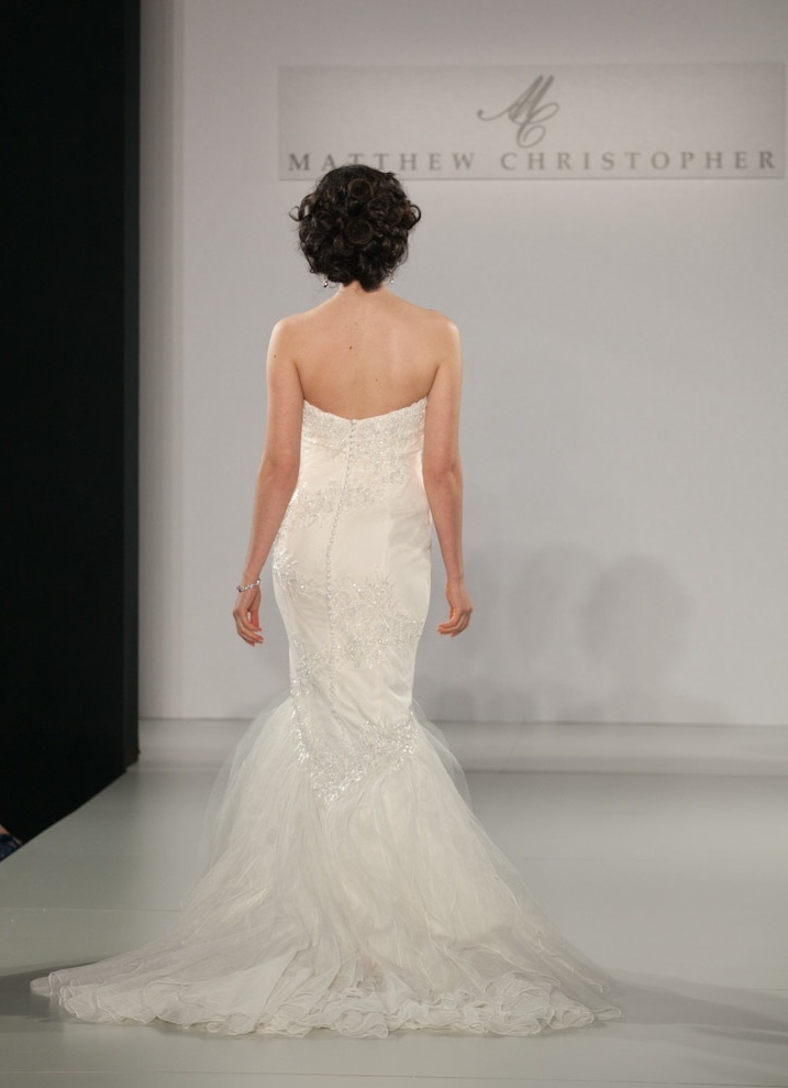 Fall-2013-wedding-dress-by-matthew-christopher-bridal-8b.full