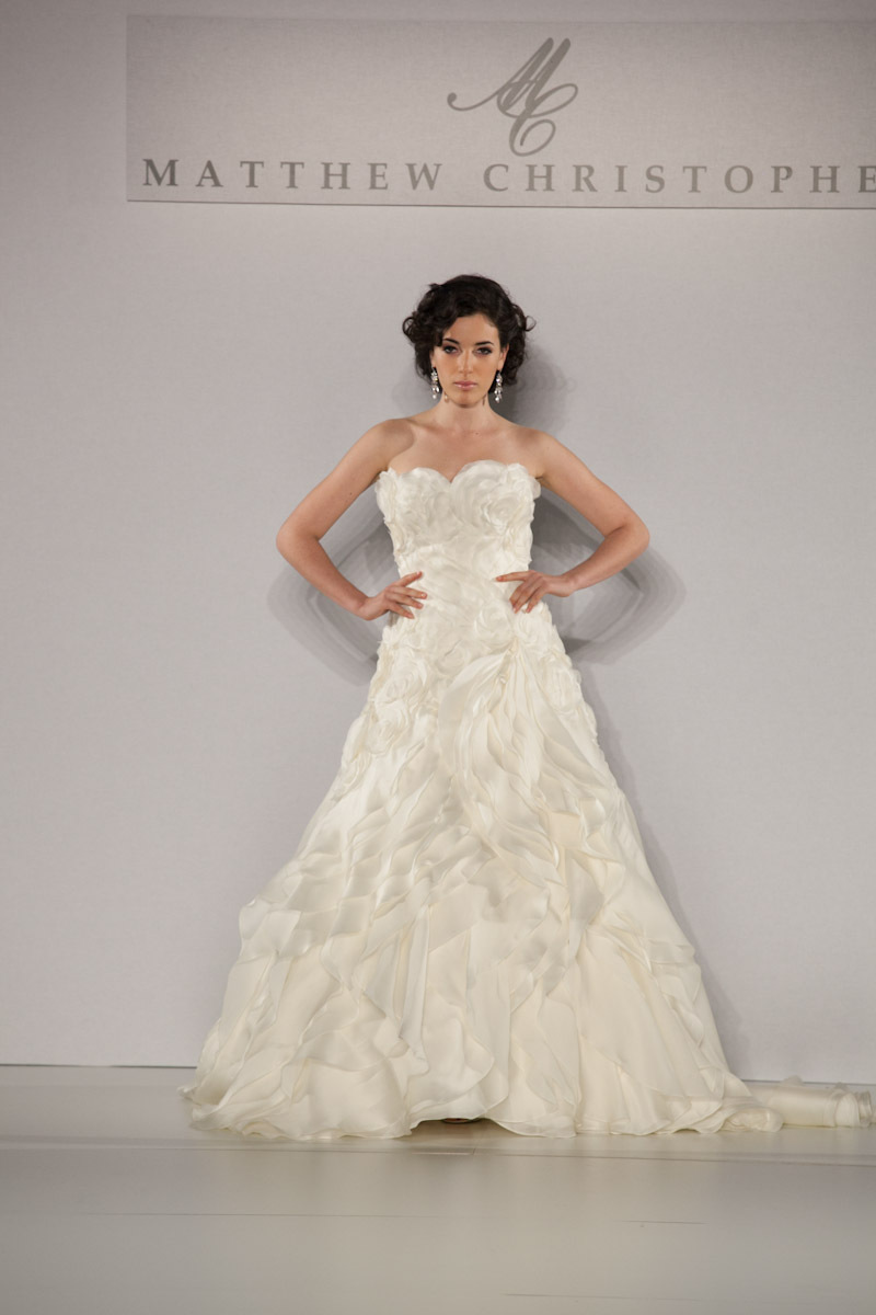 Fall-2013-wedding-dress-by-matthew-christopher-bridal-2.full