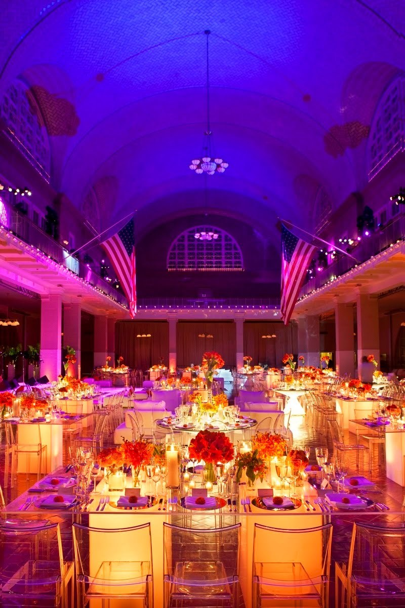 Bright-and-lucite-for-chic-modern-weddings-1.full