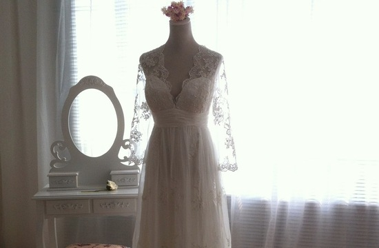 Sleeved Wedding Dresses on Etsy bridal trends 2012 6