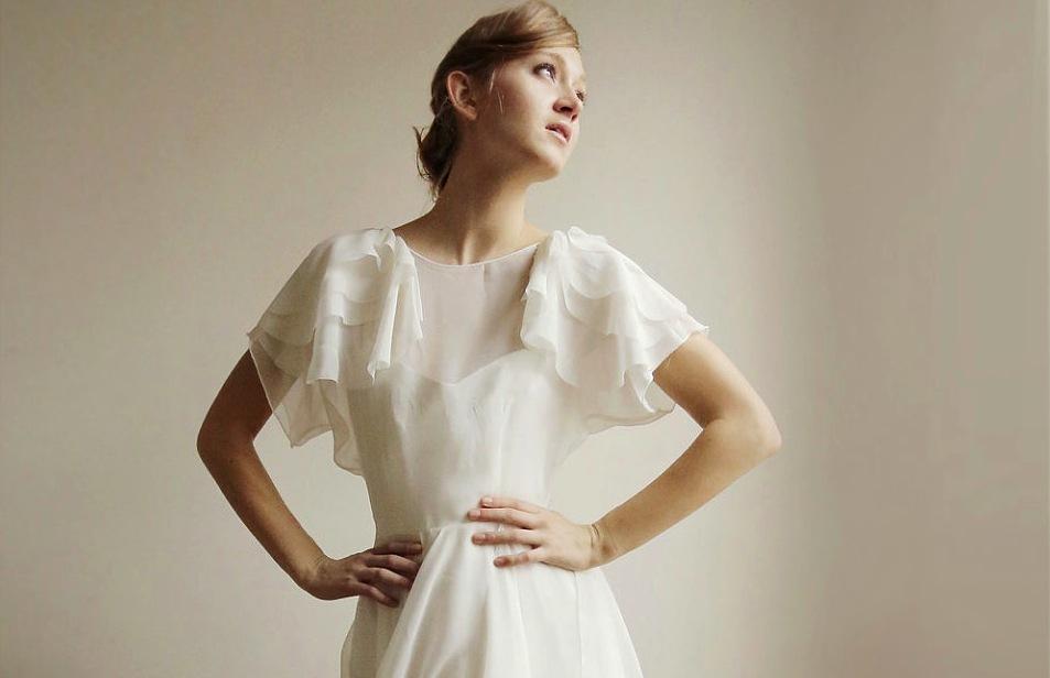 Sleeved-wedding-dresses-on-etsy-bridal-trends-2012-15.full