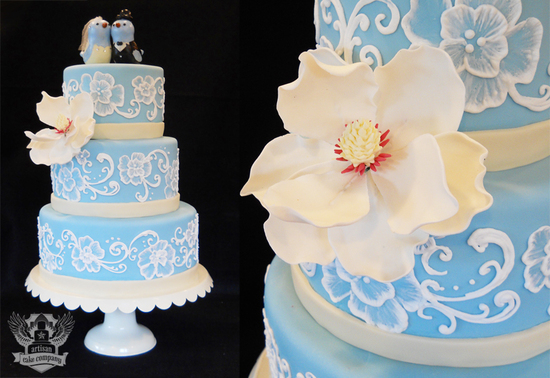 blue_wedding_cake_birds_piping