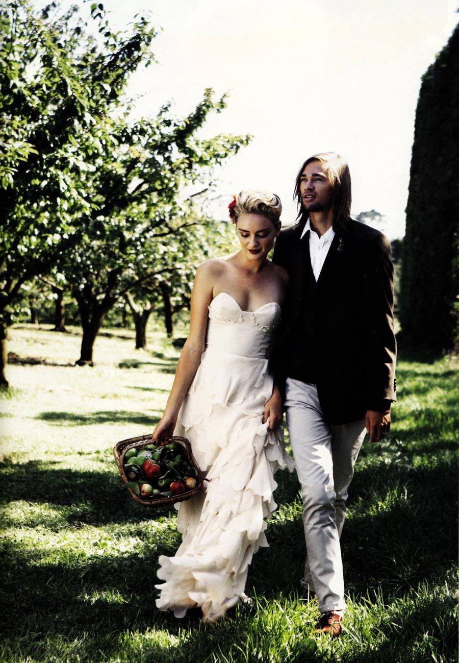 Handmade-wedding-dresses-bridal-designers-to-watch-kelsey-genna-begonia-bride.full
