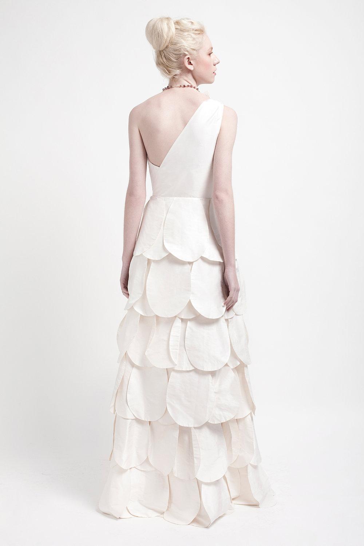 Handmade-wedding-dresses-bridal-designers-to-watch-kelsey-genna-zinnia-2.full