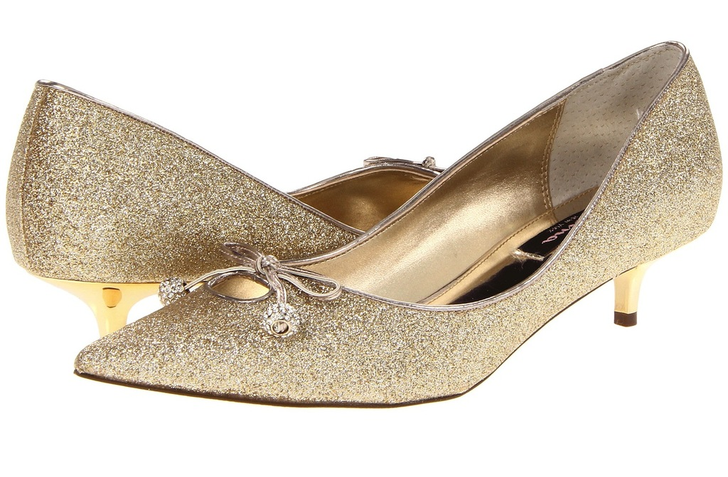 Wedding Accessories Inspiration Shimmery Bridal Heels Nina gold