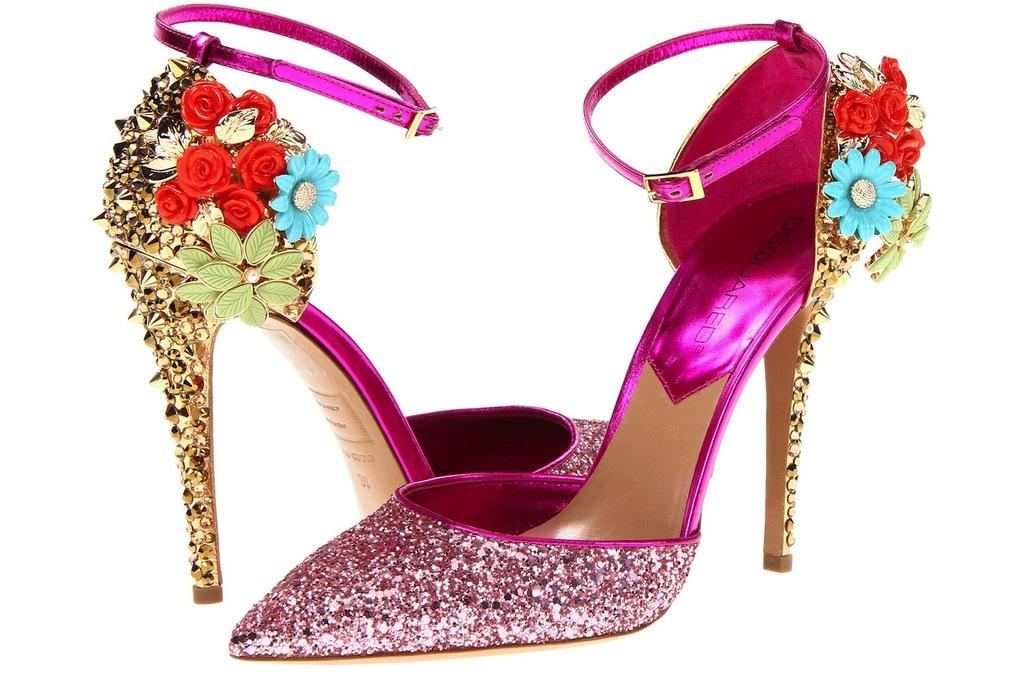 Wedding-accessories-inspiration-shimmery-bridal-heels-13.full