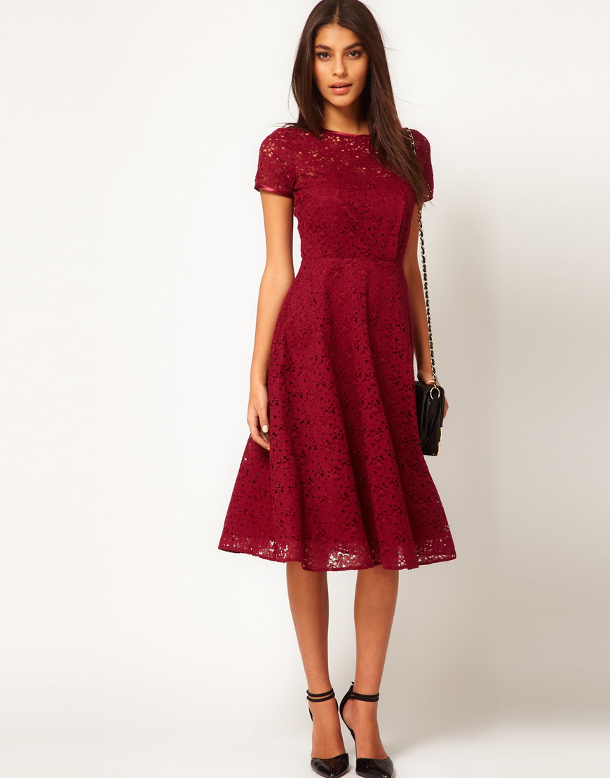 Stylish-bridesmaid-dresses-from-asos-2013-bridal-party-trends-red-lace.original