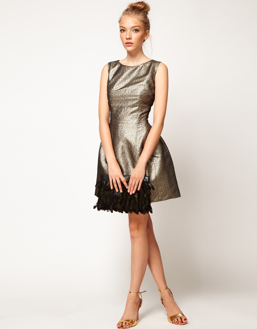 Stylish-bridesmaid-dresses-from-asos-2013-bridal-party-trends-metallics.original