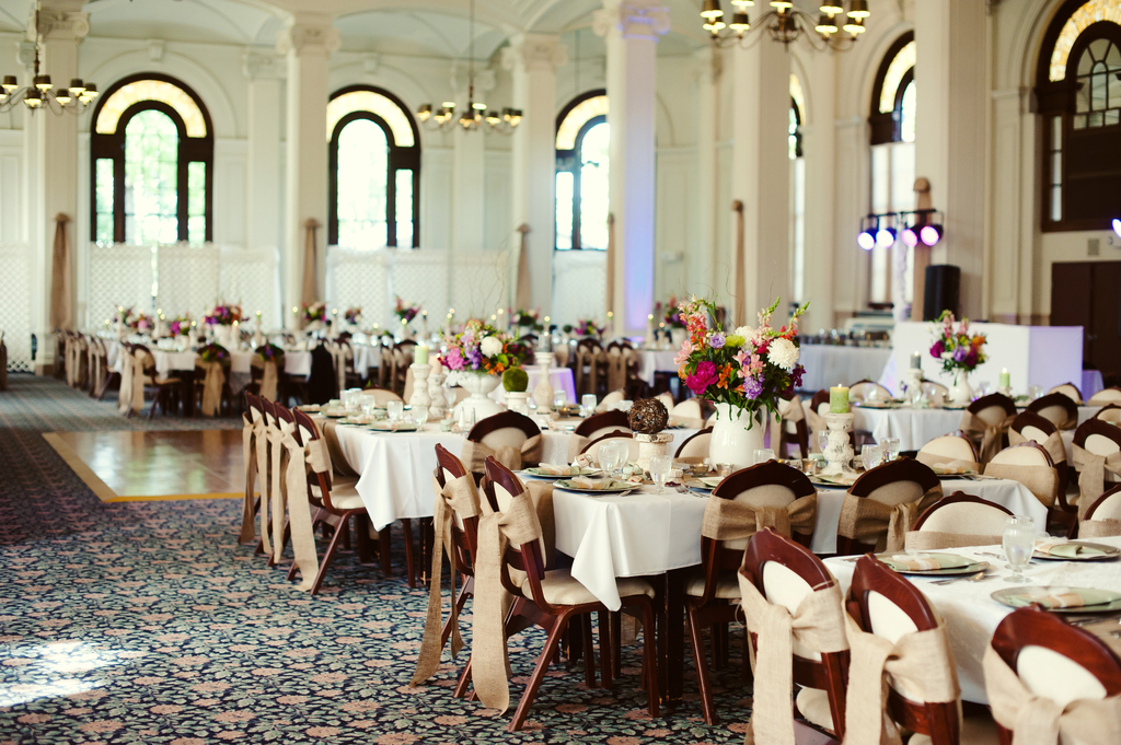 Classic-summer-wedding-elegant-reception-venue.full