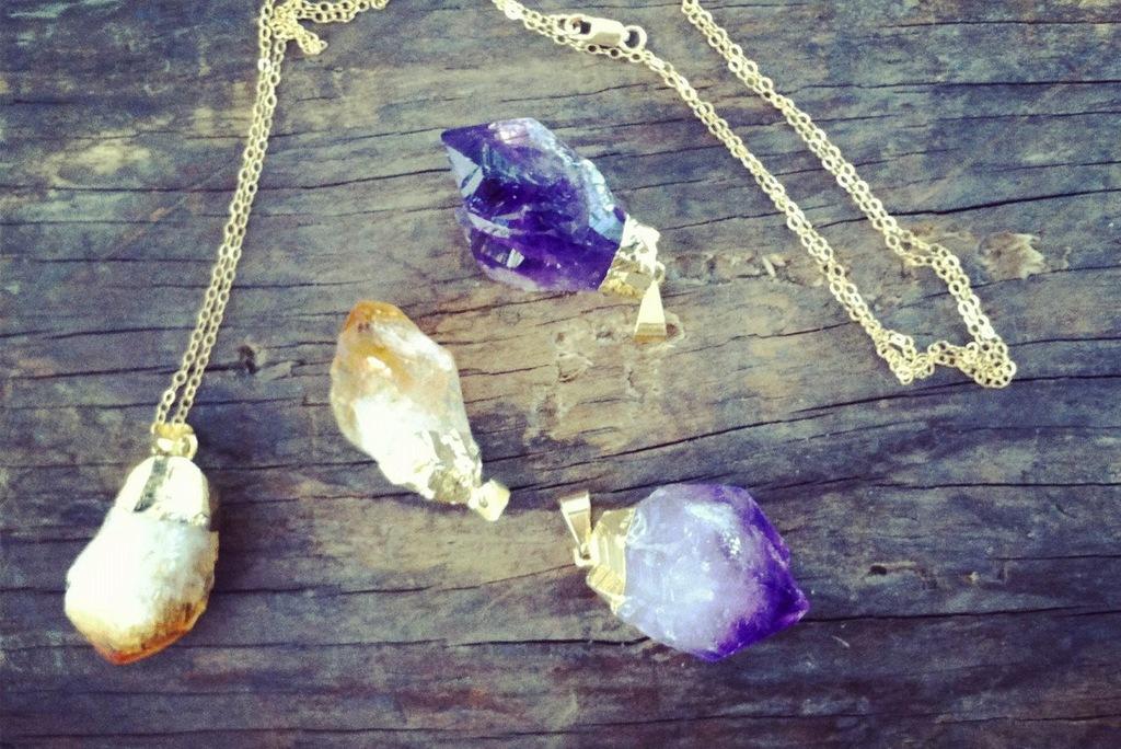 Elegant-wedding-accessories-amethyst-bridal-jewelry-3.full