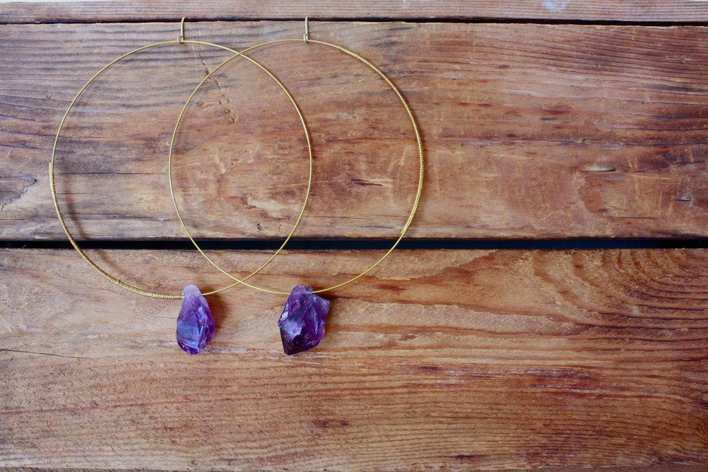 Elegant-wedding-accessories-amethyst-bridal-jewelry-hoop-earrings.full