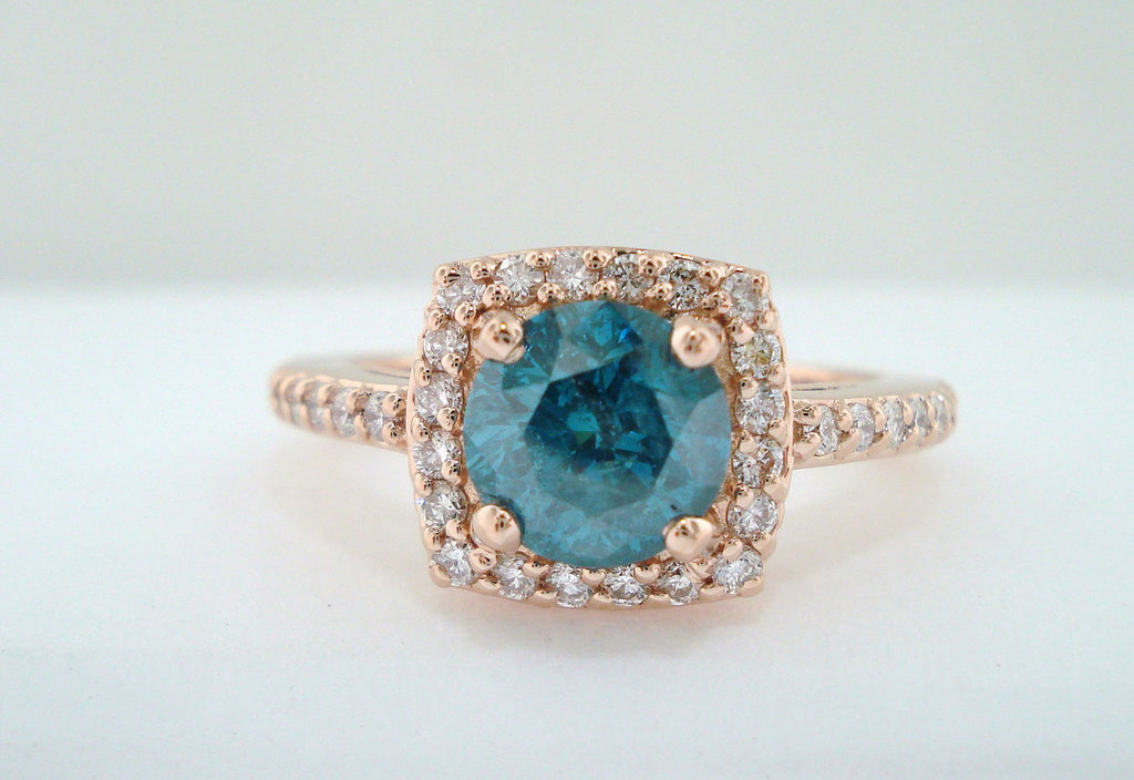 Unique Engagement Rings unique-engagement-rings-halo-