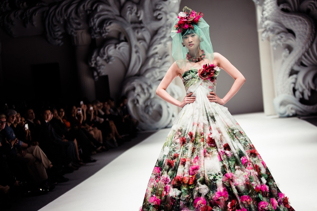 Cultural-wedding-inspiration-yumi-katsura-floral-bridal-gown.full