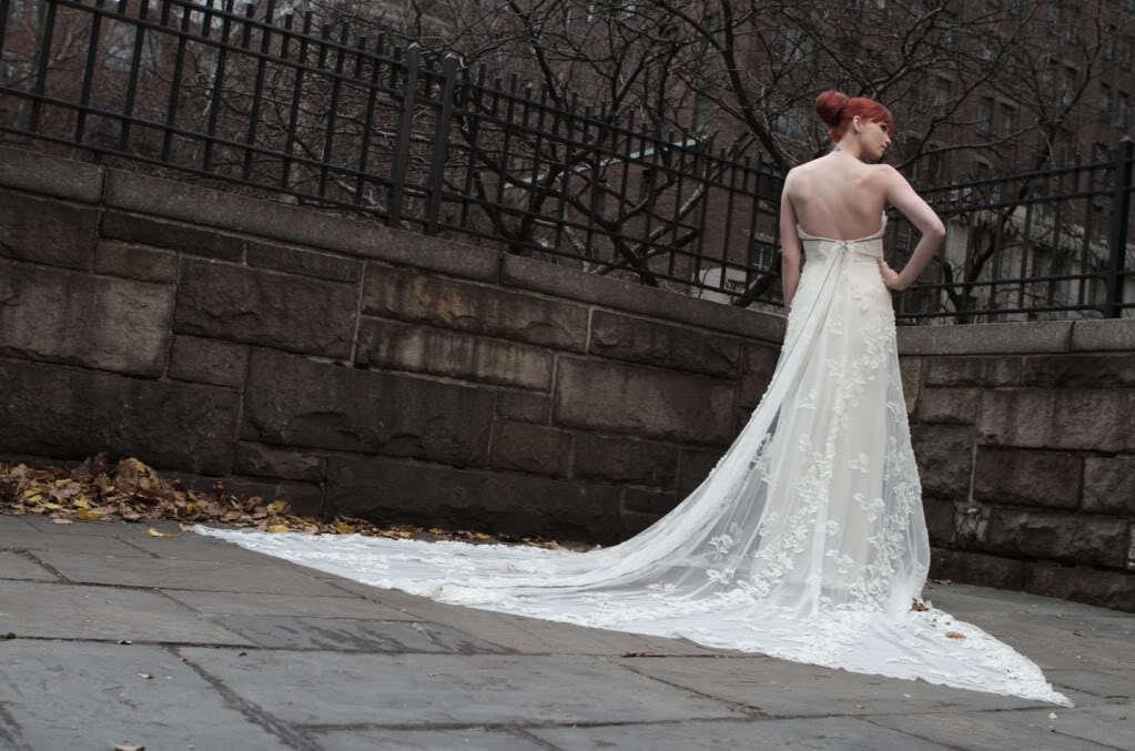 Celebrity-wedding-dress-designers-randi-rahm-for-the-bachelorette-ashley-hebert-9.full