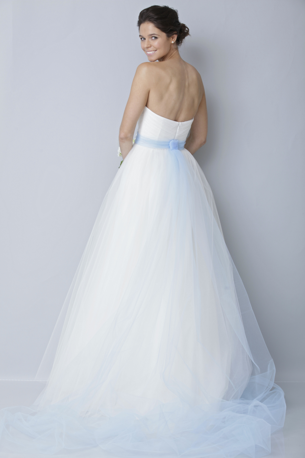 Theia-white-collection-wedding-dress-spring-2013-bridal-gown-890006_4.full