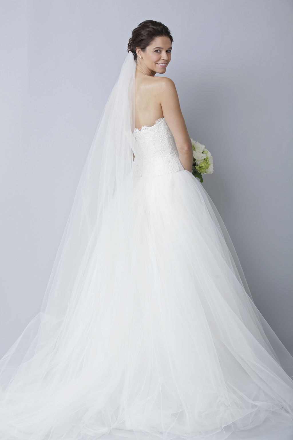 Theia-white-collection-wedding-dress-spring-2013-bridal-gown-890013_3.full