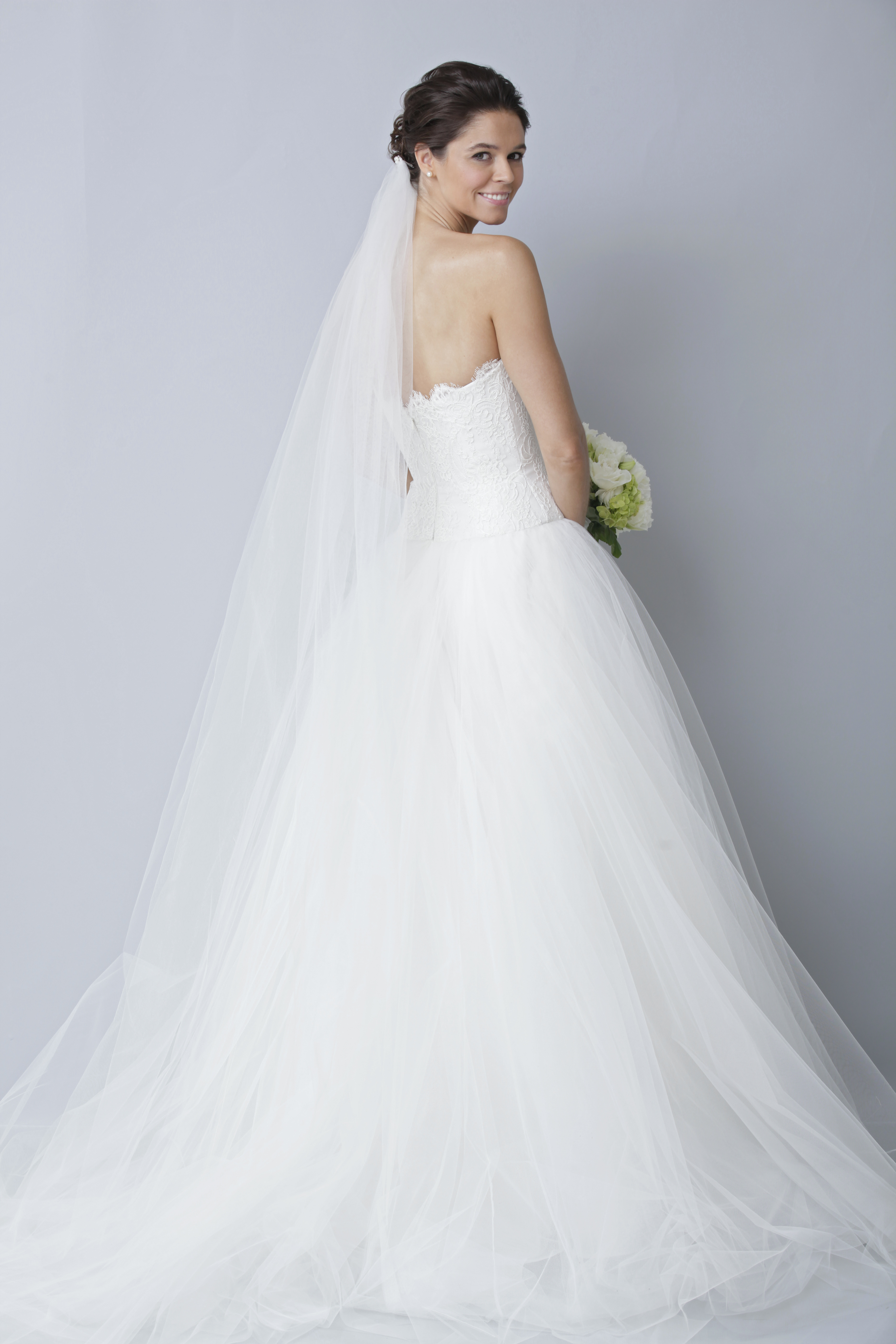 Theia-white-collection-wedding-dress-spring-2013-bridal-gown-890013_3.original