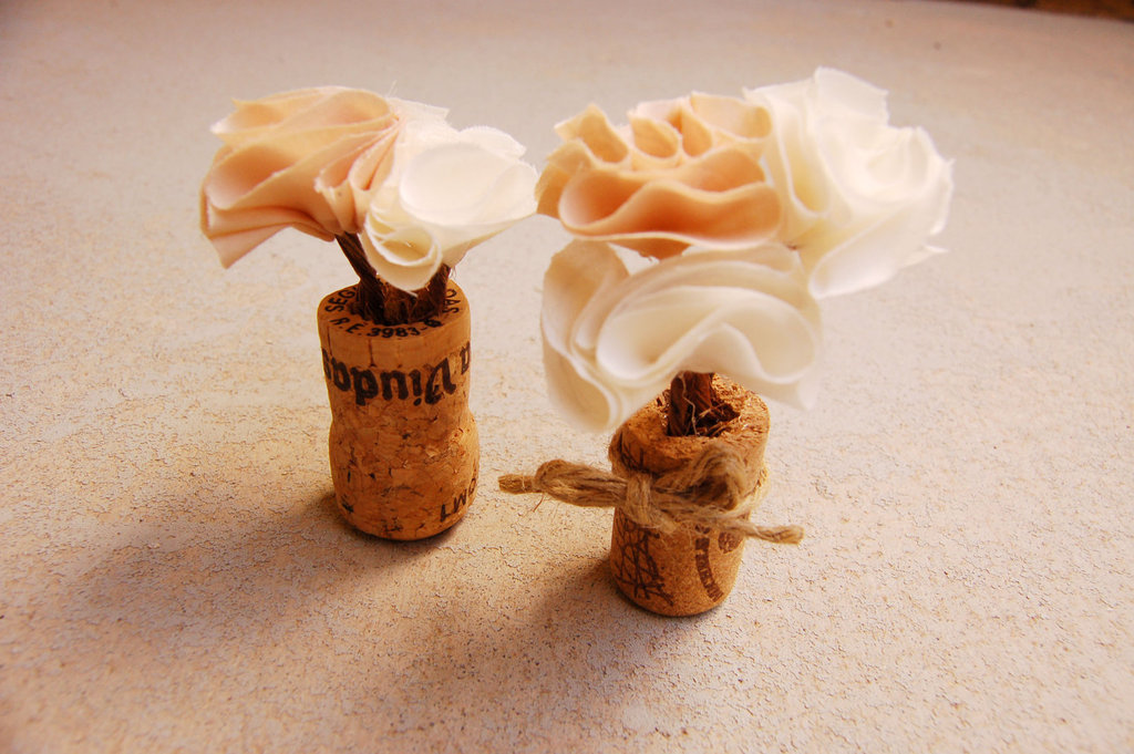 Handmade-wedding-finds-for-unique-weddings-cork-mini-centerpieces.full