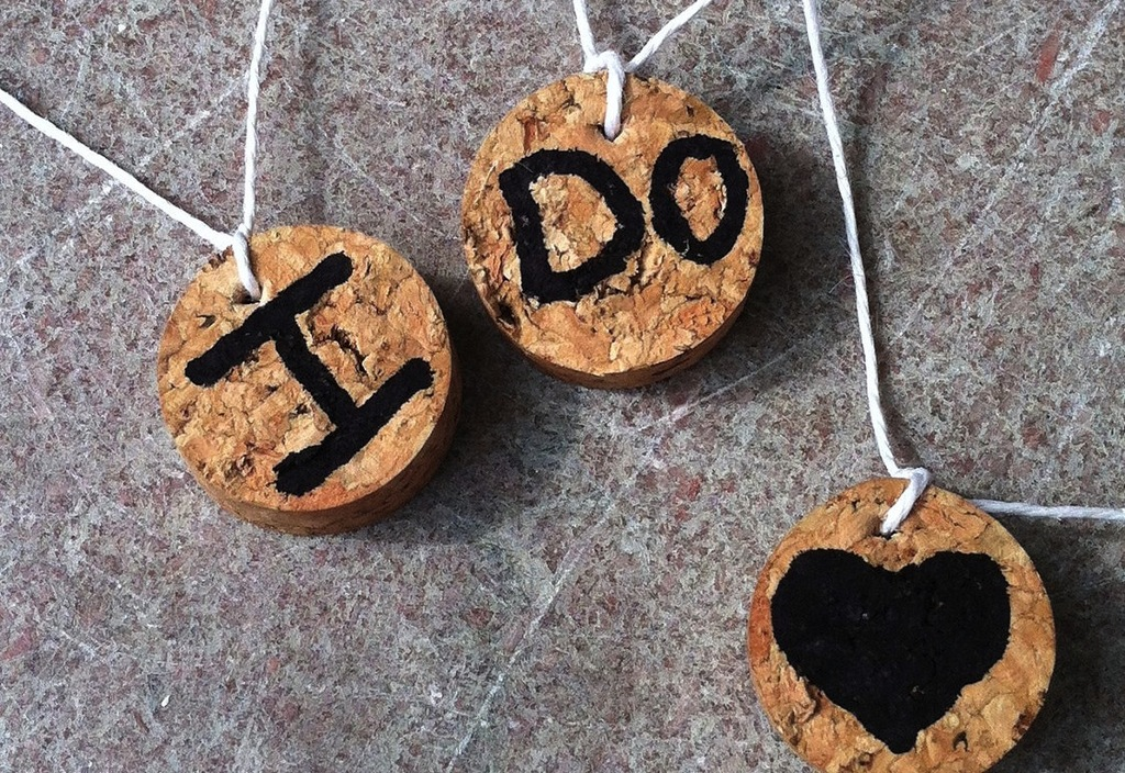 Handmade-wedding-finds-for-unique-weddings-cork-drink-charms.full