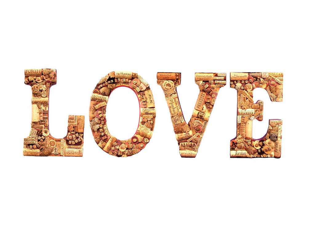 Handmade-wedding-finds-for-unique-weddings-cork-love-sign.full