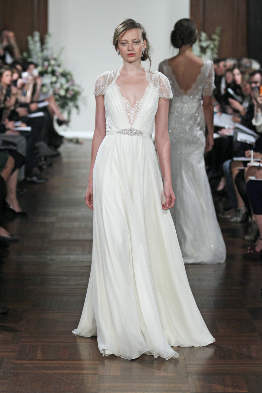 Spring 2013 wedding dress jenny packham bridal gowns dentelle for Jenny packham wedding dresses 2013