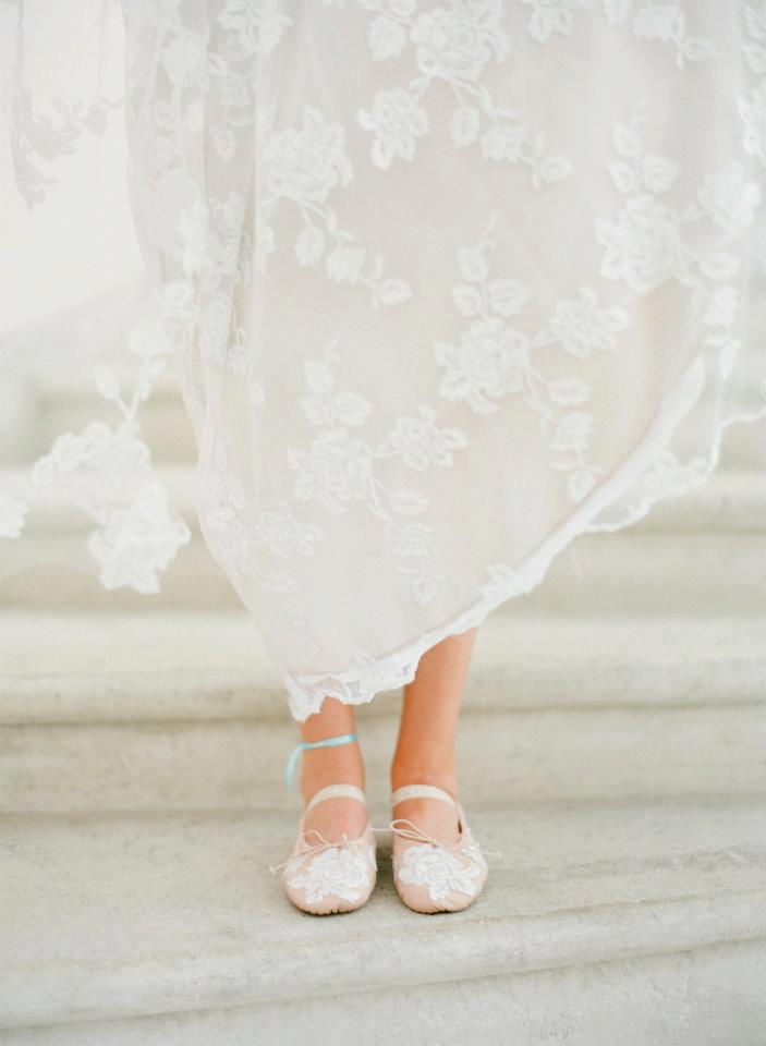 Romantic-wedding-dress-pretty-ballet-flats.full