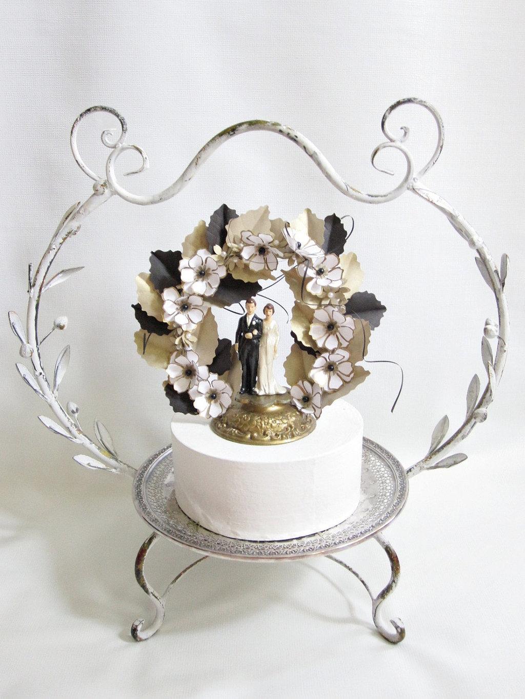 Vintage-wedding-cake-topper-gold-black-white.full