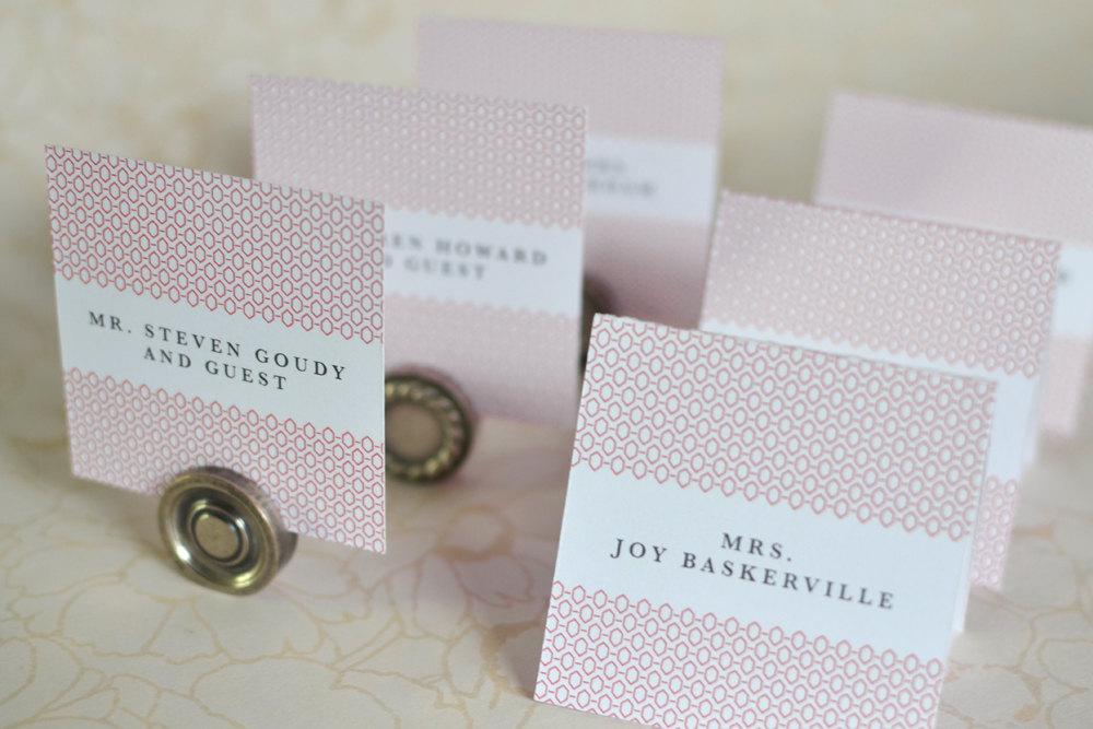 Geometric-art-deco-wedding-escort-cards.full