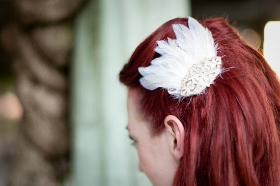 White Feather Fascinator for Vintage Brides
