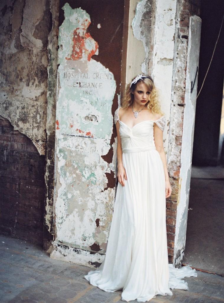Preston-and-olivia-romantic-wedding-accessories-2.full