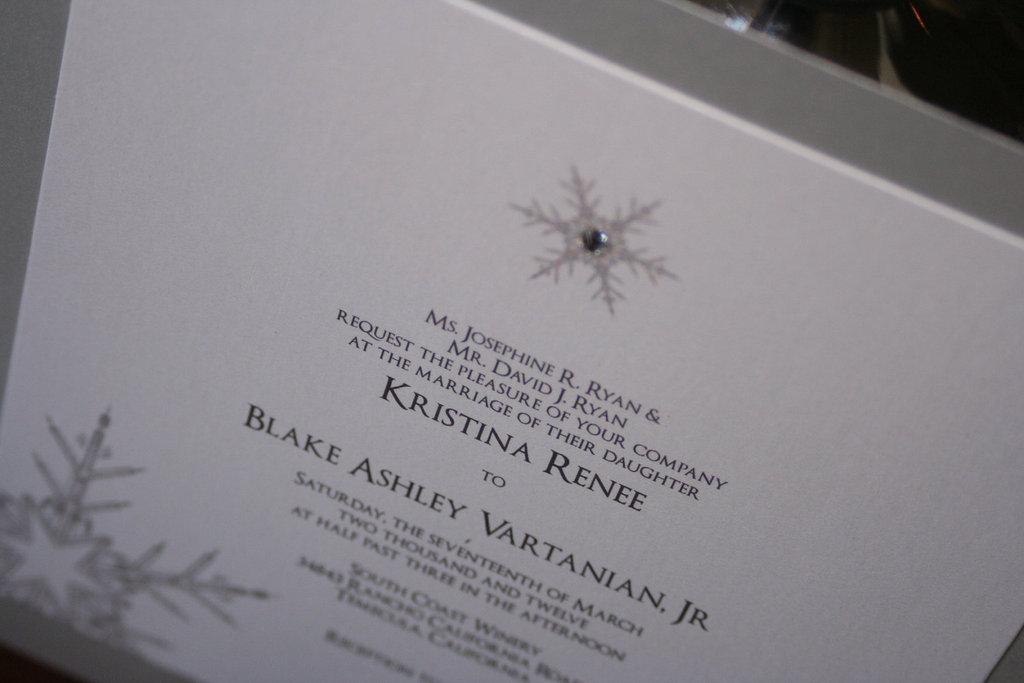 Top Winter Wonderland Wedding Invitations White Silver TH86