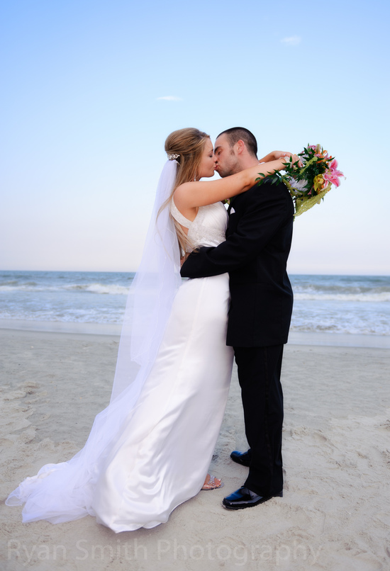 Sunset kiss - Hilton at Kingston Plantation, North Myrtle Beach_4749597229_o