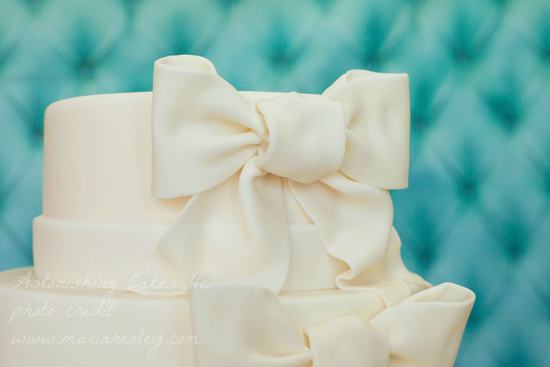 Bow Cake Close-up-WM