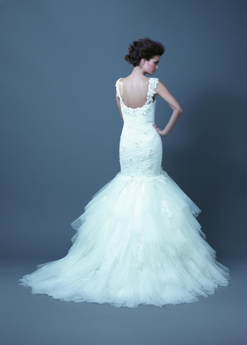 Enzoani-wedding-dress-bridal-gown-2013-habika-back.full