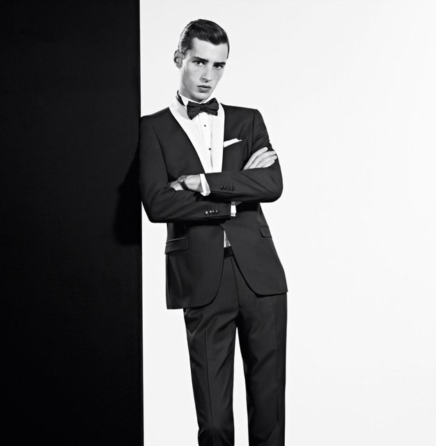 Dressing-the-groom-finding-the-perfect-tux.full