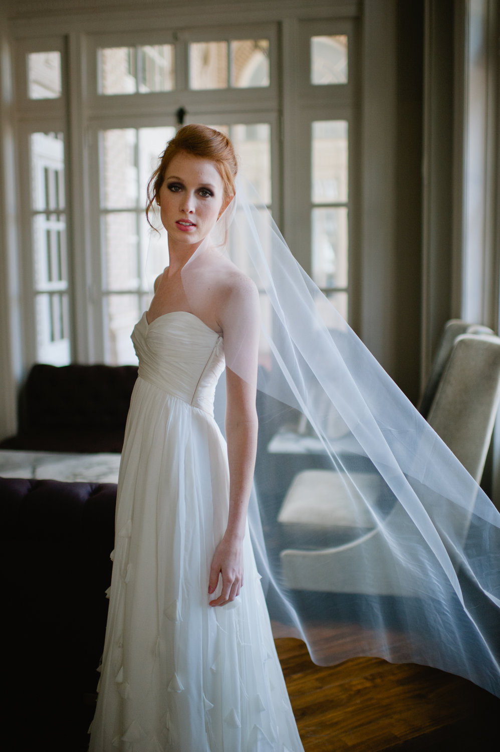 Classic-bridal-veil-transparent-tulle.full