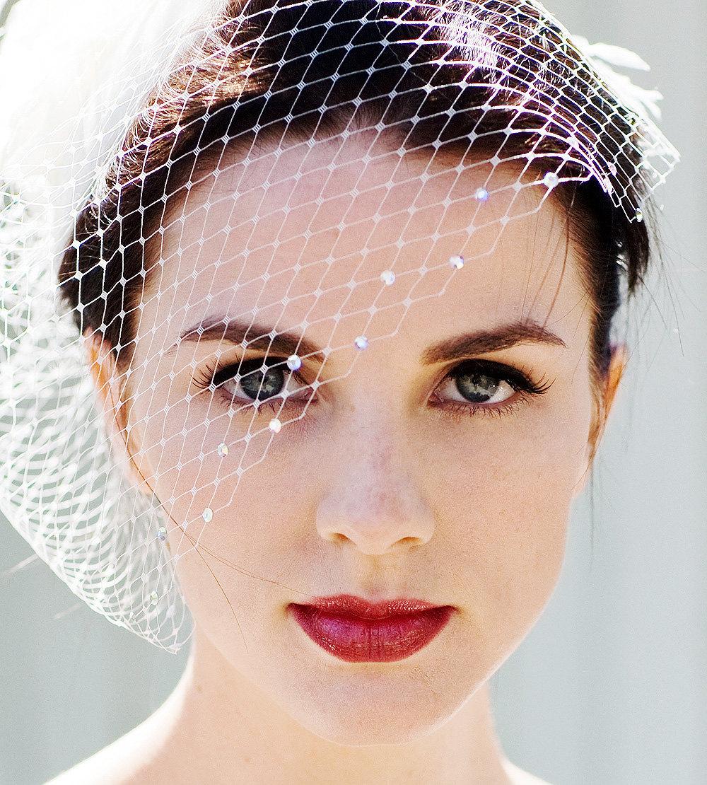 Classic-birdcage-bridal-veil-with-swarovski-crystals.full