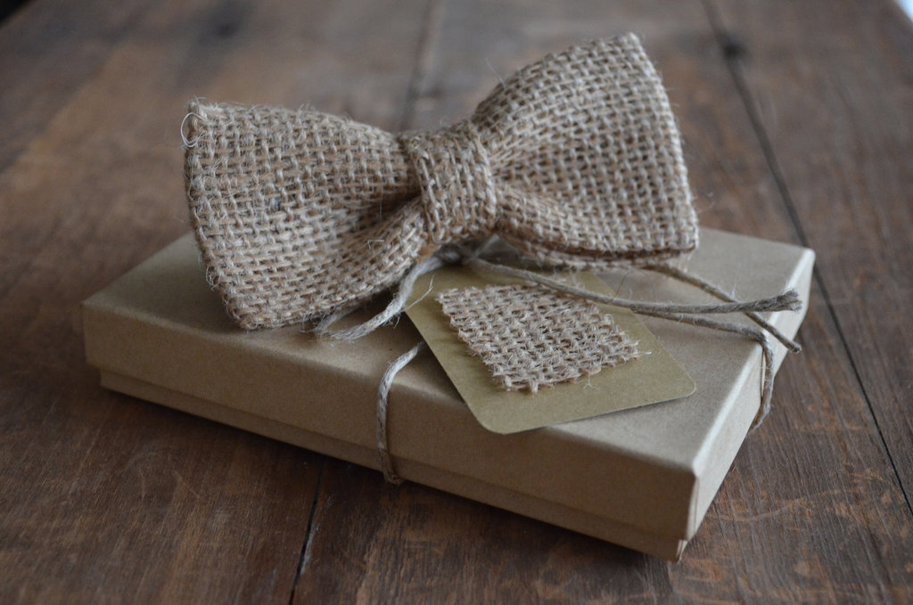 Burlap Bow Tie for Rustic Weddings