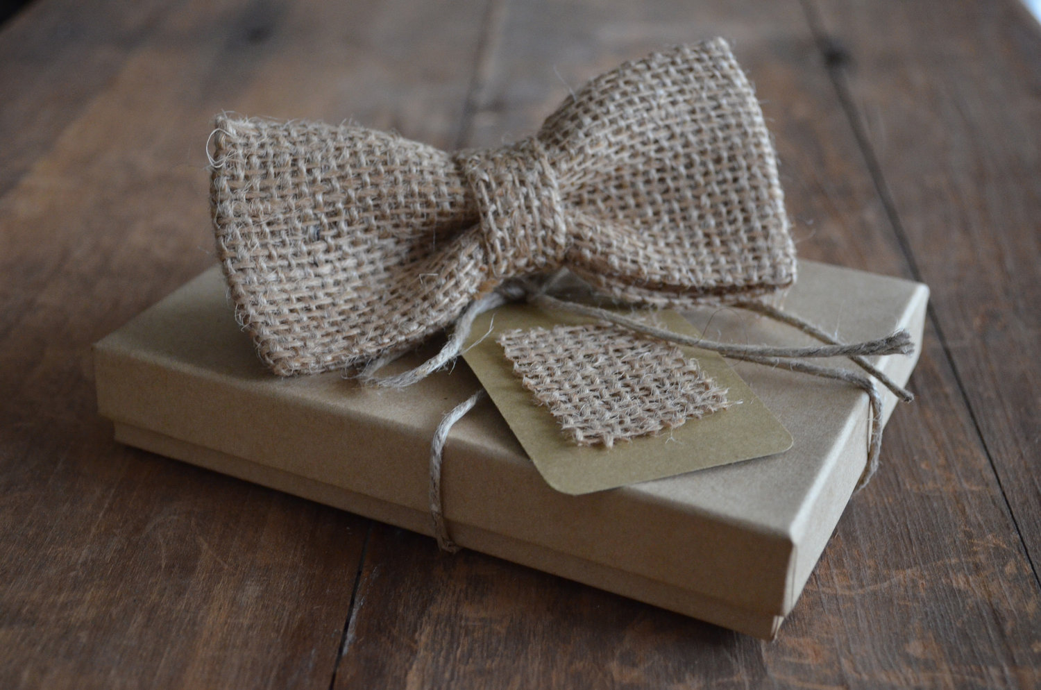 Burlap-bow-tie-for-rustic-weddings.original