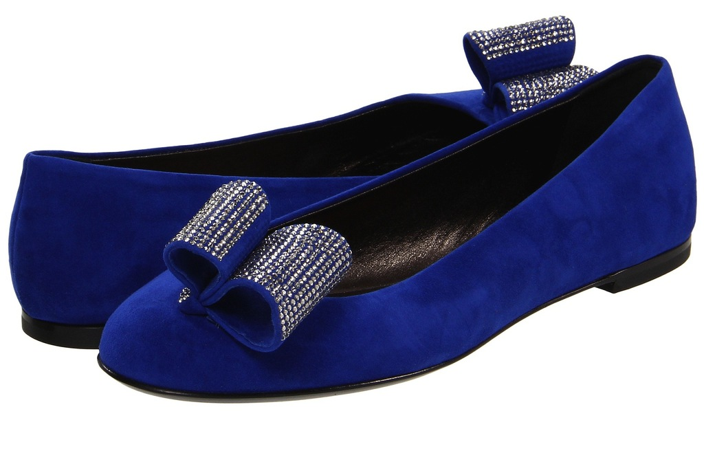 Blue-suede-wedding-shoes-with-crystal-bows.full